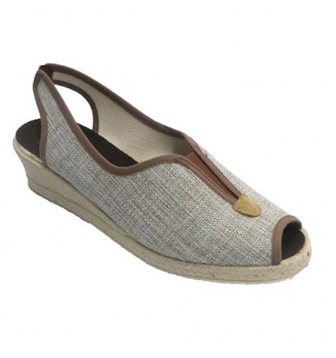 Open woman shoe with rubber strip behind instep Ludiher in toasted